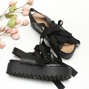 Urban Outfitters Cameron Platform Sandals